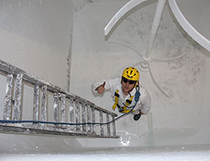 Confined Space Entry & Rescue Training